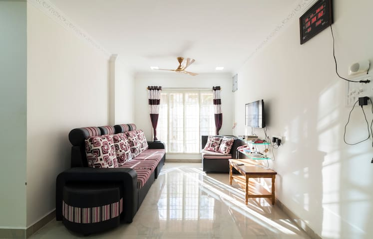 New Furnished ACroom w Wifi&Breakfast at Annanagar - Chennai - Apartamento
