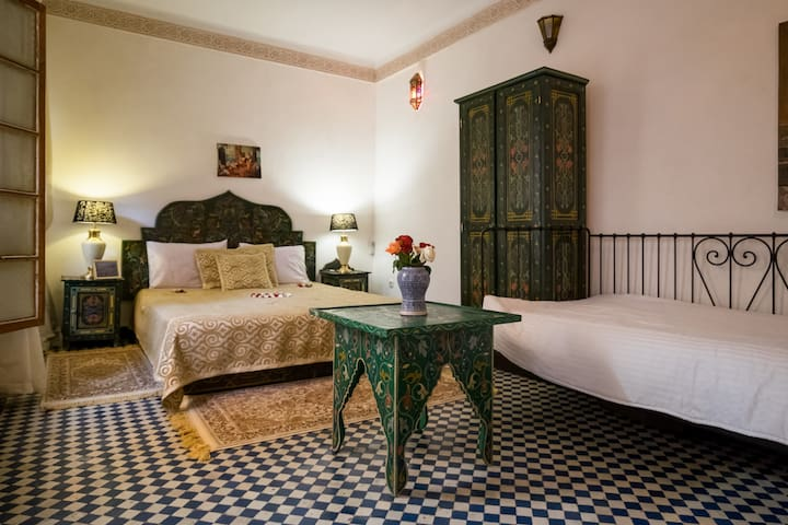 Rent a suite in Riad for 5 people! - Fes - Hus