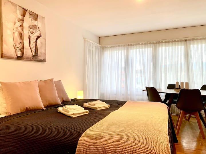 Spart Apartment****