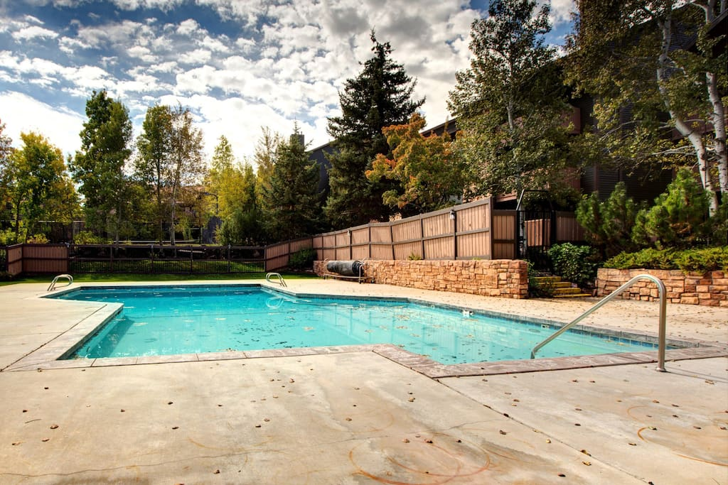 Shared pool under the pines!