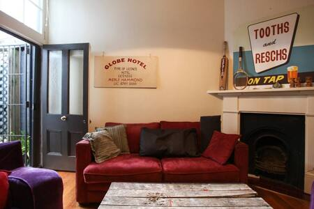 Double room in Surry Hills terrace house - Surry Hills - House