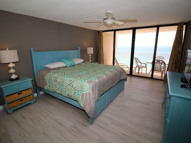 Dunes of Panama Newly Remodeled 2 BR