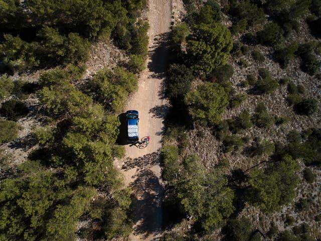 Lowriders Rental - Camper van pick up in PULA