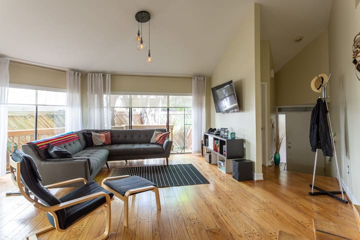 Family friendly house in Coconut Grove