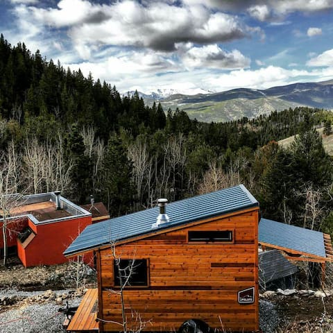The Lil' Adobe and Tiny House - Idaho Springs - Casa