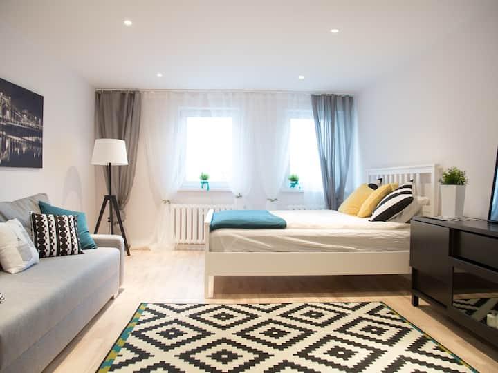 B&W RUSKA Apartment Air Conditioner Fakt. VAT