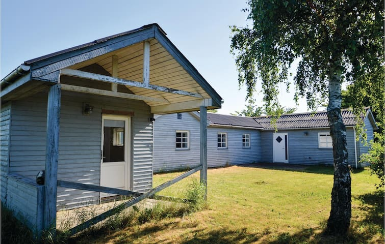 Holiday cottage with 2 bedrooms on 60m² in Løgstør
