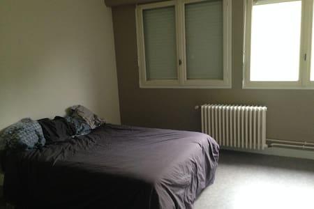Appartement 75 m² refait à neuf - Beaulieu-sur-Dordogne