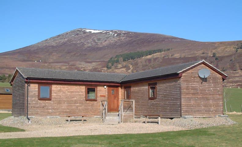 Ben Rinnes Highland Lodges - Meikle Conval