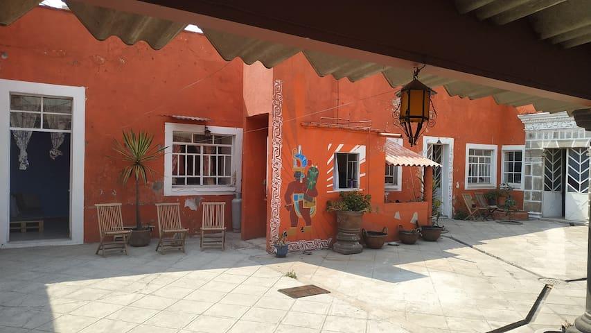 Casa In Lak  Ech a unos pasos del centro