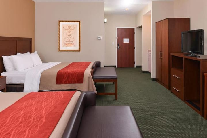 Magnificent Double Bed At Draper