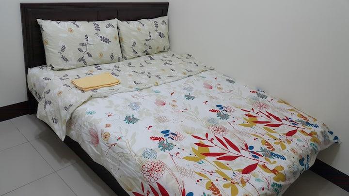 新竹市東區,靠近園區及清大交大,安靜舒適,獨立衛浴,生活機能方便