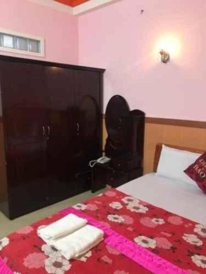 Comfy Standard Room No Window at Bao Vy Hotel