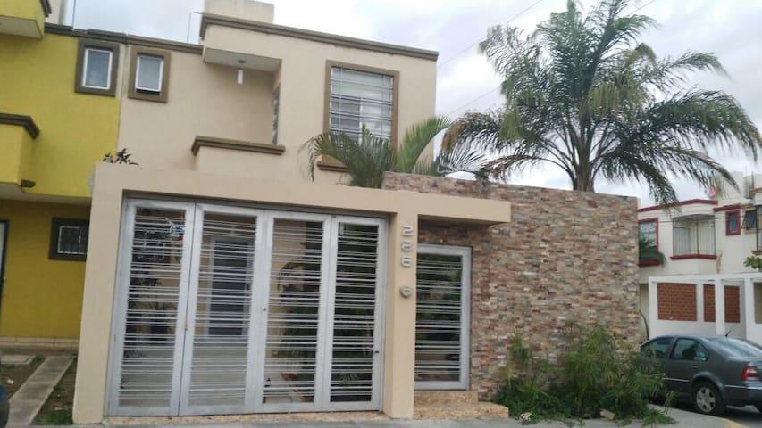 Bonita casa Nuevo Vallarta - Mezcales