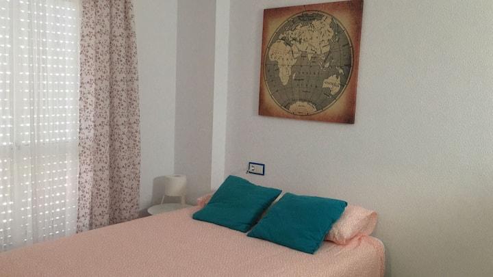 Luminoso y renovado apartamento en Barbate playa