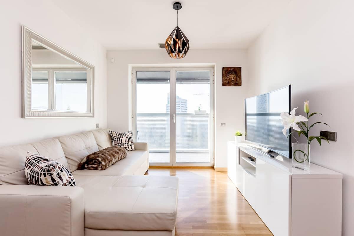 Lujoso apartamento con llegada autónoma para viajes de negocio o relax