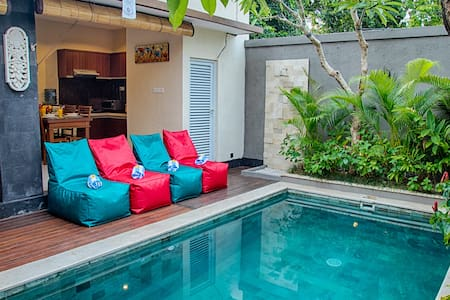 SEMINYAK!! 2 Bedroom Private Pool Villa