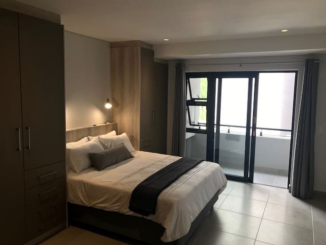 Brand New Studio Apartment in Stellenbosch-The Den