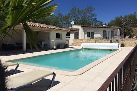 Maison au calme vue piscine - Limoux