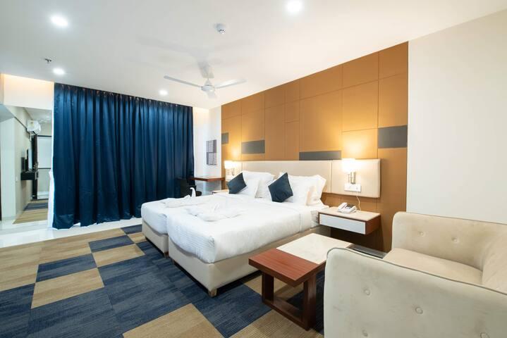 iSuite Hotel Kharadi Pune