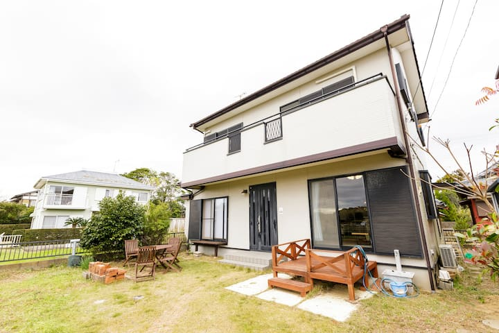 Beach House w/Free Parking & BBQ Set in Kujukuri!