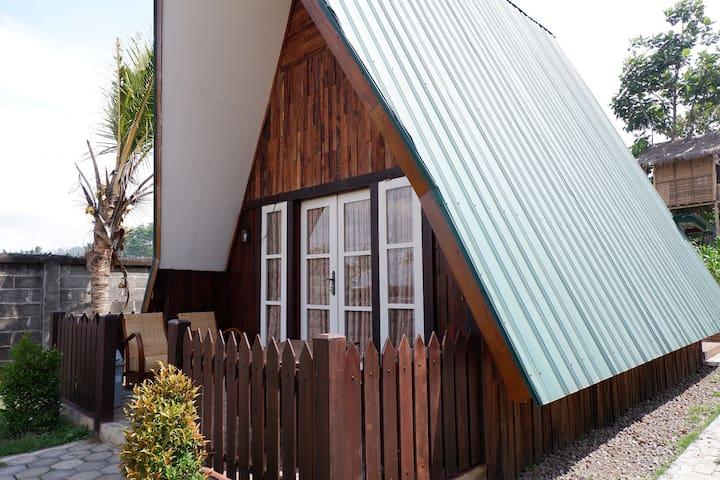 Izza Cottage 1