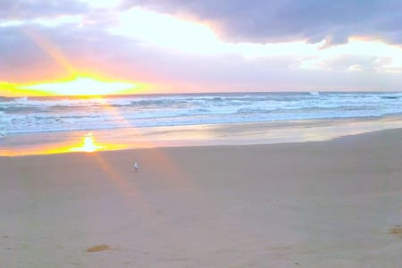 Walk to beach & cafes - Private - Lennox Head - Appartement