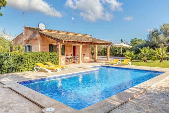 Cadre paisible avec piscine – Casa Rústica