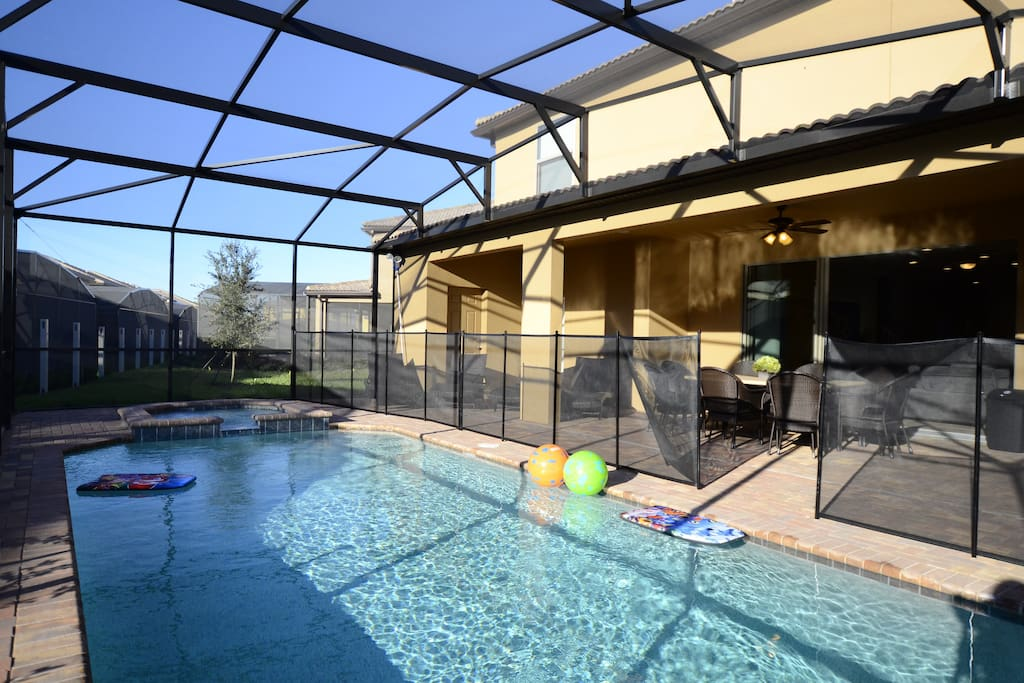 Private heated Pool and Spa