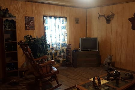 Bear Creek Cabin - Kaw City - Stuga