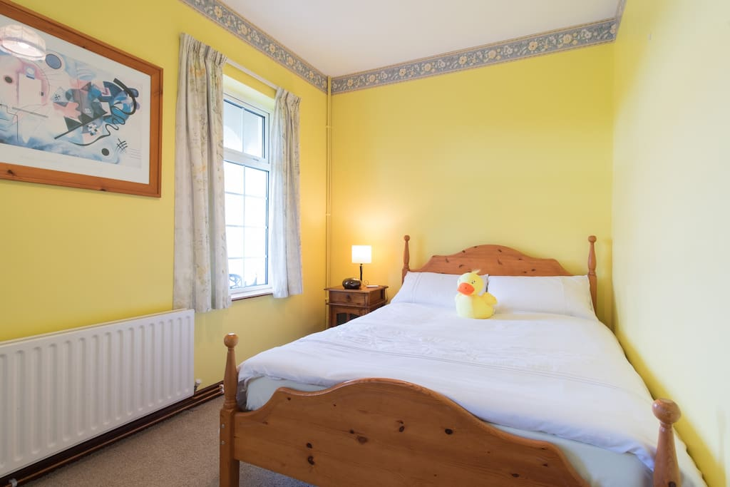 2 windows facing to the road, wardrobe,across the corrodore from bathroom,