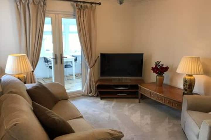 Flat with amazing views situated on the Forth