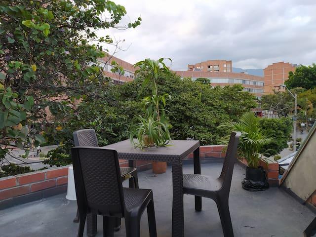 Apartment&Office Laureles,Nutibara (with terrace)