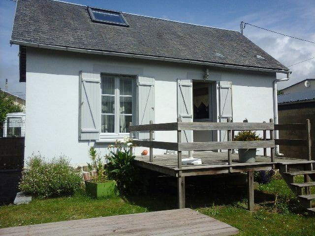 charmante maison au calme - Saint-Pair-sur-Mer - House