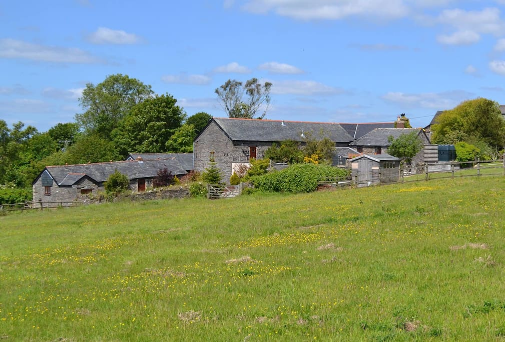 Swallow's Roost is situated on a farm with four other cottages