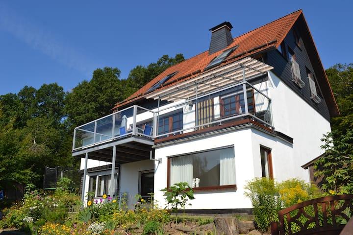 Vakantiehuis Neuludwigsdorf met Panoramauitzicht.