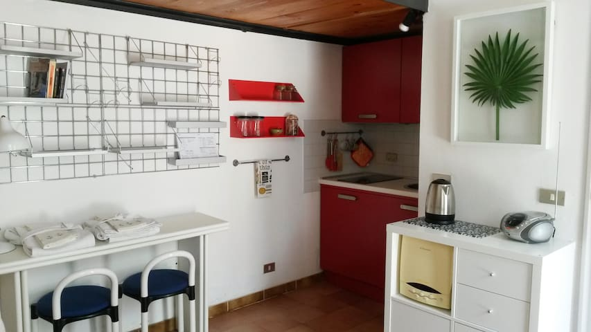 Quiet & cozy studio flat in Verona city centre!