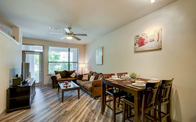 ⭐️Spacious Upscale Most Exciting Urban Area ⭐️