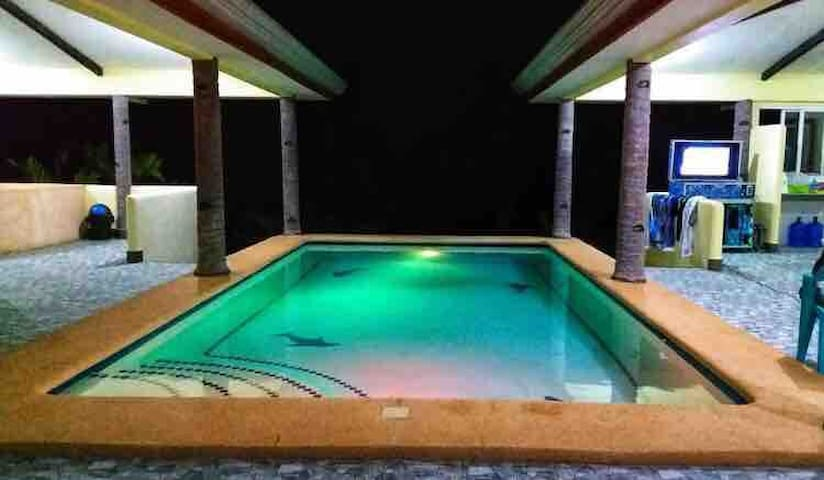 Peace and Solitude in the heart of Camotes (Room3)