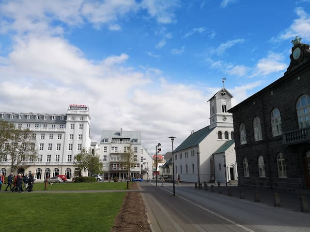 Ideally located apartment in central Reykjavik