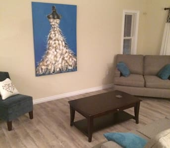 Buttons Airbnb 2 - Eastern Passage