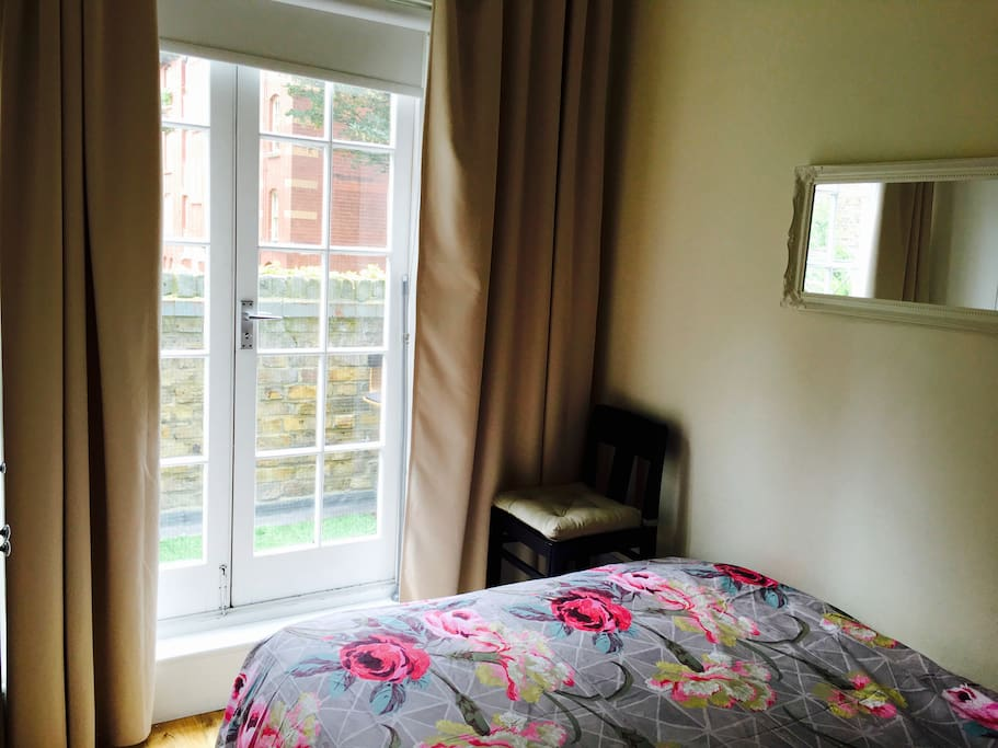 Bedroom in One Bedroom Flat in Chelsea, London