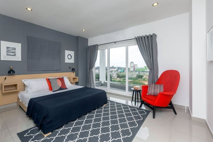City Suites at THE Gallery, Tetteh Quarshie - Accra