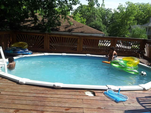 Private pool and deck