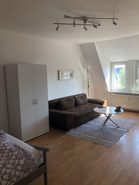 ruhiges und zentrales Apartment