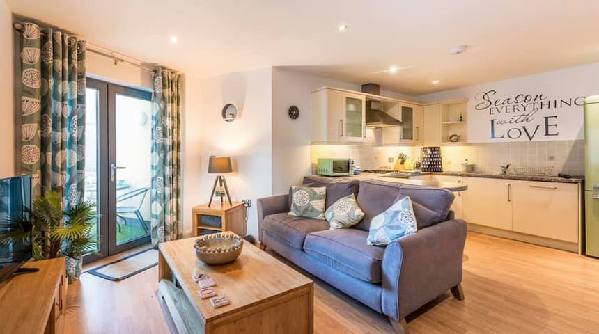 ROKS Horizons Newquay - great location / parking
