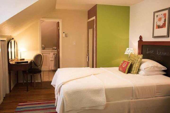 Dog Friendly Room located in historic mansion in downtown district