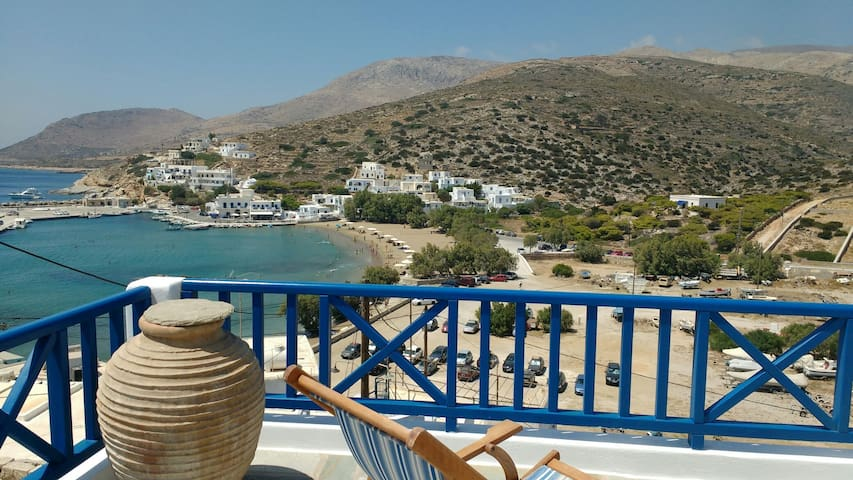 SIKINOS, THE BEST VIEW AT THE 'PEARL OF CYCLADES' - Alopronia - Apartamento