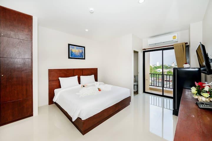 The Topaz Residence Room 3