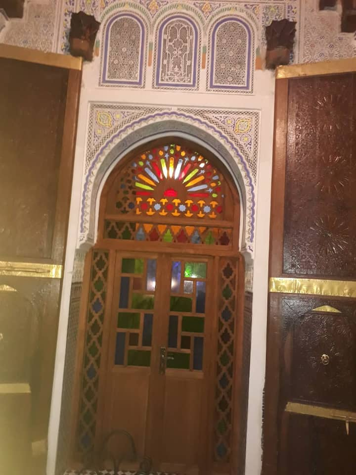 Private Room in nice Riad  Meknes fit up to 5 pax